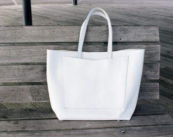 JANE Oversized Tote Bag - White