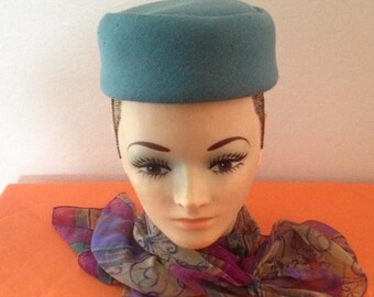 On Sale Gorgeous Ladies Vintage Hat