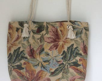 lined in floral canvas beach bag