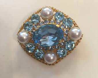 SALE Vintage Blue and Pearl Costume Jewelry Brooch