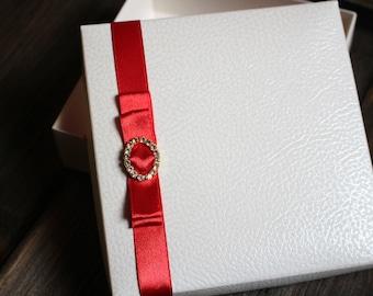 Unique White Gift Box, White Gift Box , Wedding Gift Box,  Unique Gift Box, Birthday Box, Satin Ribbon, Diamond Accessory