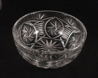 Large Vintage  Lead Crystal Cut Glass Bowl Trifle Fruit Bowl