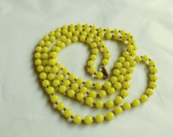 10% Discount Long Yellow Beaded Necklace Link Gold Tone Balls Ladies Present