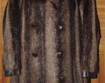 Vintage manteau de fourrure castor et cuir noir pour homme/Vintage men beaver with black leather trim fur coat  sz large  chest 45