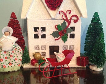 Pemberley Cottage, Pride and Prejudice, Pemberley, Elizabeth Bennet, Glitter House, Putz House,  Christmas House, Christmas Decor