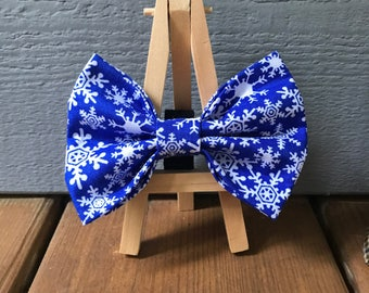 NEW! Blue Snowflake  Dog Bow Tie