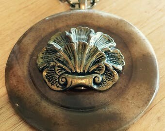 """Vintage Button on a 28"""" brass chain"""