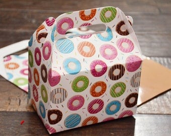 16 Donut Themed Favor Boxes / Treat Boxes / Gift Boxes