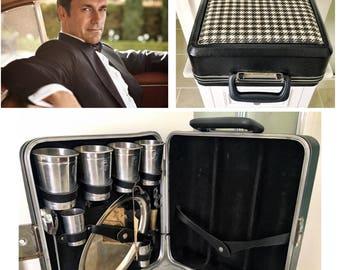 """Vintage Black houndstooth Travel Bar Kit. """"The Original Trav-L-Bar"""" - keys included!"""