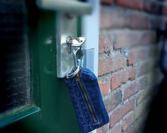 Keychain wallet jeans