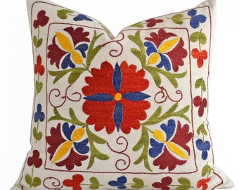 SALE 30% Hand Embroidery Silk Suzani Pillow Green Red Blue Beige Suzani Pillow Suzani Pillow, Decorative Pillow, Throw Pillow, Accent Pillow
