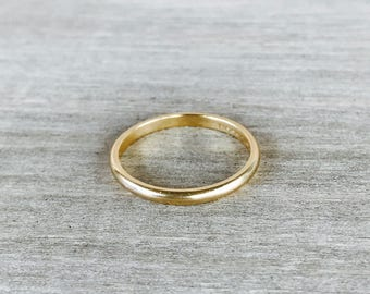Yellow gold vintage stacking band
