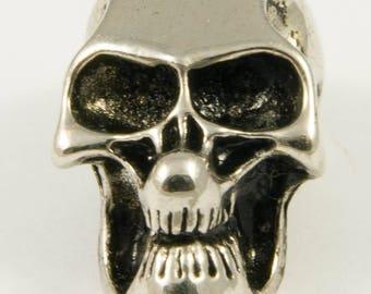Pearl skull metal, silver color