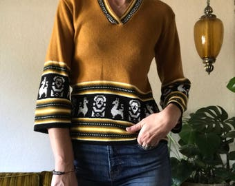 1970s Llama folk pullover sweater with flared sleeves