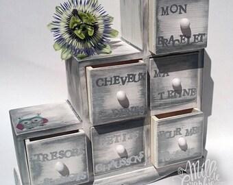 Mini dresser with memories of birth