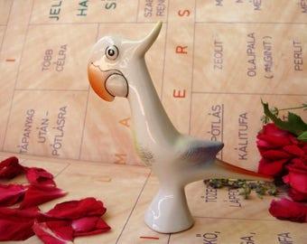 Vintage HUNGARIAN Hollohaza porcelain bird figurine,COCKATOO,stamped,handpainted