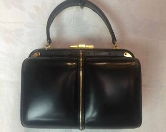 334. FERNANDO DESGRANGES- Top Handle Handbag