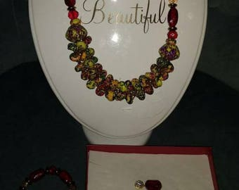 Authentic jewelry set with earrings and bracelet