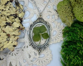 Genuine 4 Leaf Clover Cameo Necklace [LC 033] / Stainless Steel / White Clover Pendant / Triforium Repens Gift / Good Luck Charm