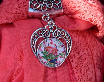 Jewelry scarf with foulatd cabochon