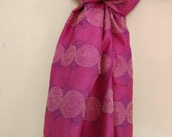 Vintage Reversible Pure silk kantha scarf, neck wrap, boho stole, India Deco silk dupatta, Kantha shawl, Shoulder wrap