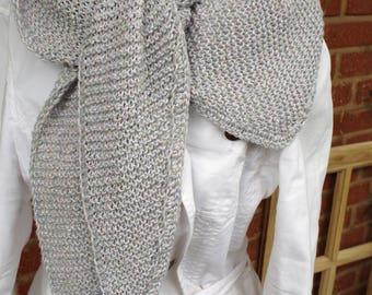 Soft shawl in grey tones