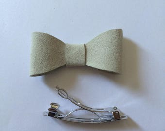 White suede leather bow hair clip