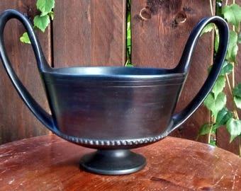 Etruscan ceramics, reproduction of Kantharos bucchero.