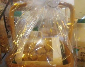 Maple Gift Basket - Small