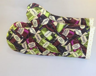Wine Bottle Quilted Oven Mitts (set of 2)