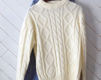Cozy Cream Cableknit | Vintage 1970's Mens's Cableknit Sweater | L XL