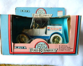 new in box ERTL 1918 ford runabout TRUCK coin bank 1/25 scale True Value
