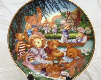 "Vintage Collectible Fine Porcelain "" A Teddy Bear Picnic"" Plate by Carol Lawson, Plate no 2331"