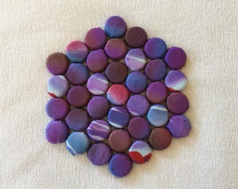 Hexagonal Serving Pad with Shades of Purple Design