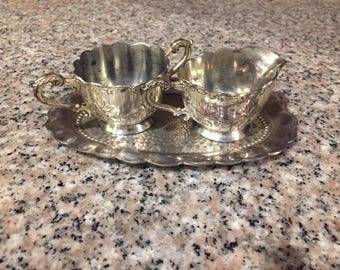 Vintage sugar and creamer set from occupied Japan