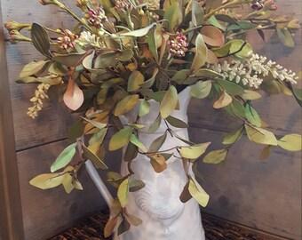 Rustic arrangement,farmhouse arrangement,table centerpiece,rooster decor,table arrangement,country arrangement,farmhouse table , floral