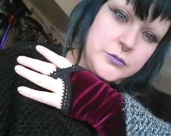 Burgundy Vampire Velvet Gloves Romantic