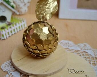 Souvenir apple  Ukrainian coins. Сувенир яблоко с монет