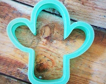 Chubby cactus cookie cutter