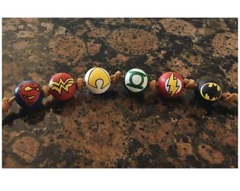 DC Justice League Wooden Beaded Necklace: Superman, Wonder Woman, Aquaman, Green Lantern, Flash, Batman (6 Beads)