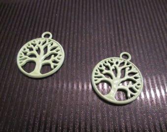 2 charms / pendants tree of life green light 20 * 24mm