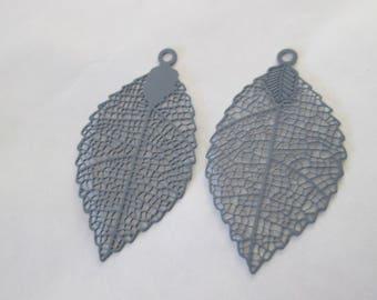 2 leaf prints grey 40 x 21 mm