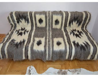 Sheepskin blanket Carpathian eco-friendly 100% sheep wool healing property different