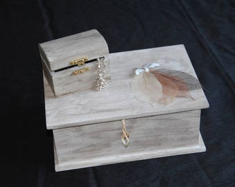 Set of two wooden jewelry boxes