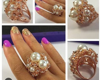 Pearl Cluster Rose gold Statement Ring
