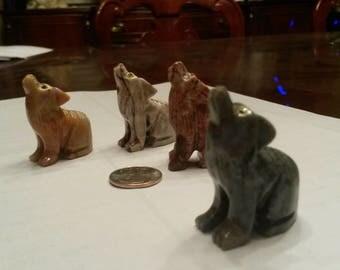Small Onyx Wolf sculpture handmade in Peru
