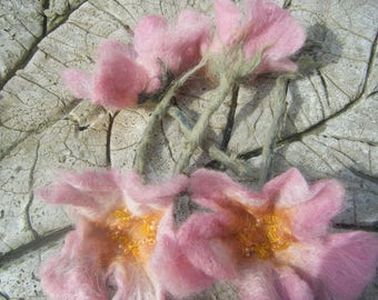 felted 'Japan anemones' flowers