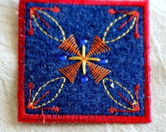 Patch Applique Thermocollante geometric pattern embroidered on felt iron-on or sew Jeans color