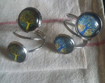 Double adjustable cabochon ring.