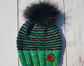 Adult hat, green with real black fur pompom and wood button